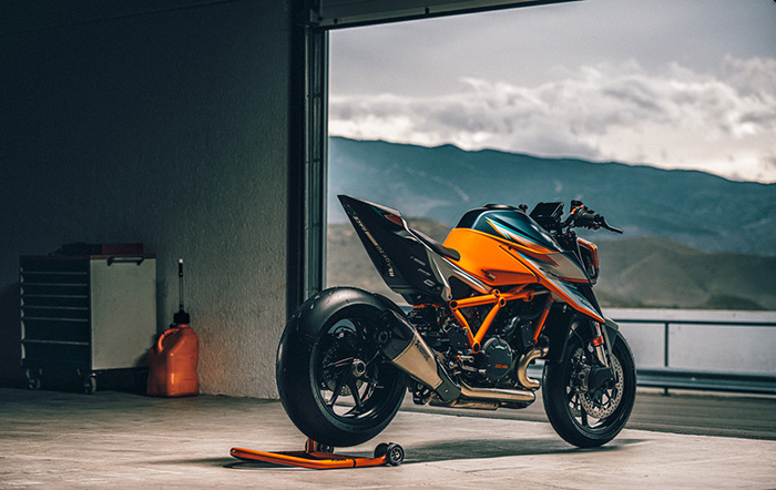 KTM 1290 SUPER DUKE RR Static